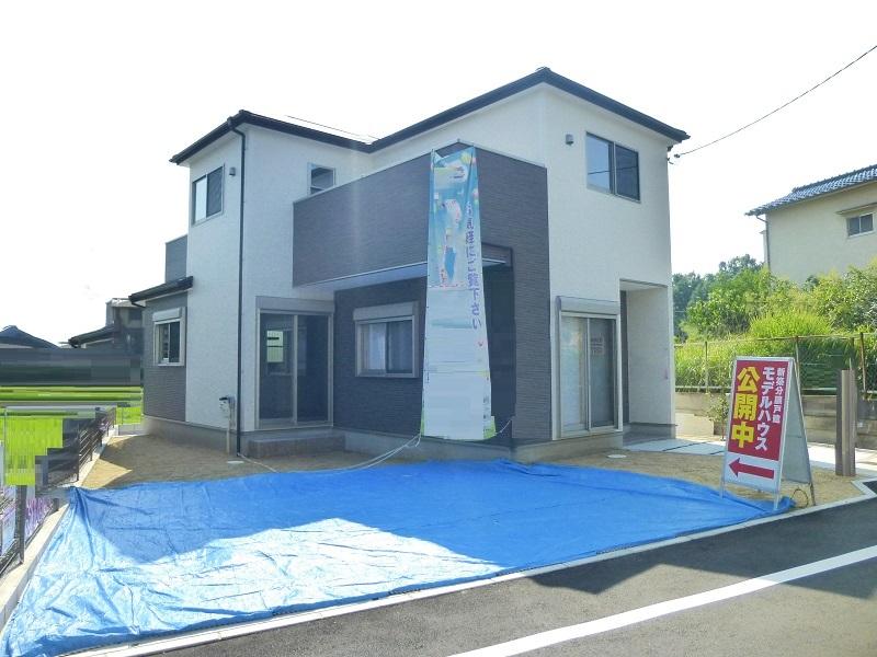 【奈良市第6学園大和町 新築一戸建て 】外観写真